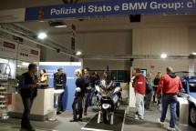 Hell's Angels MC и полицията на Италия с щандове на EICMA 2011 06