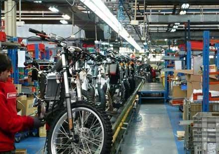 Пазара на мотори пада с 37% за Европа