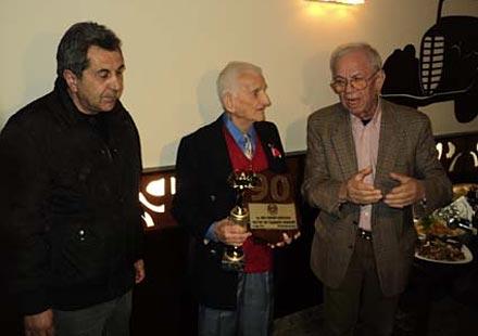 Мотоциклетната легенда Кирил Николов навърши 90 години