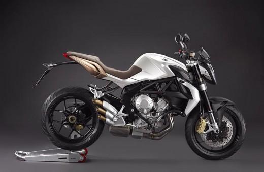 Легендарните мотоциклети MV Agusta вече се предлагат и в България 01