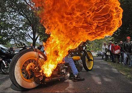 Обвиняват мексикански мотористи в тероризъм