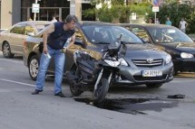 Тежка катастрофа с кола и мотори в София 03