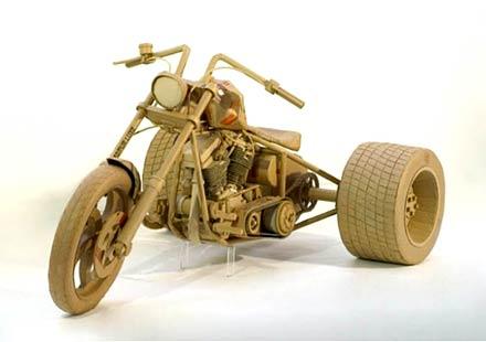 Мотоциклети от… картон