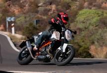 2012 KTM 690 Duke 02