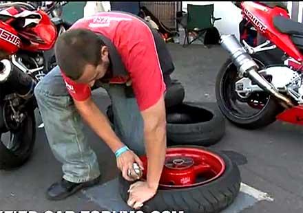 Лесно помпане на гума