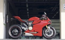 2012 Ducati 1199 Panigale S ABS  06