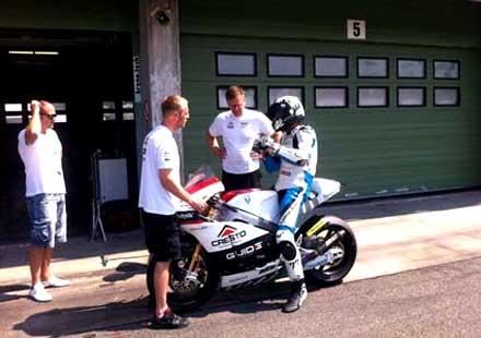 Mартин Чой с шанс да кара в Moto 2