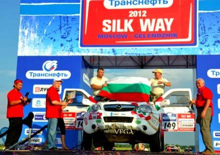 """Петър Ценков и Иван Маринов по пътя към """"Дакар"""" 2013"""