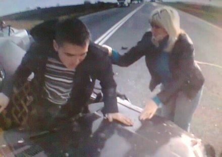Умирай трудно 5: Да оцелееш след удар в КамАЗ (видео)