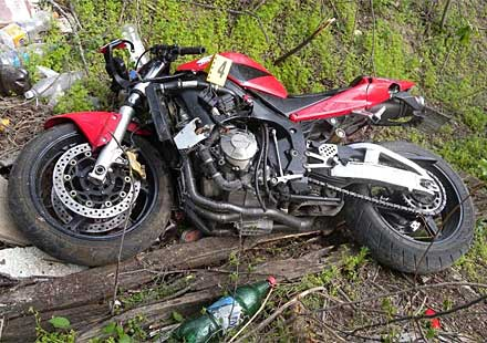 Мотоциклетист е с опасност за живота, след катастрофа при Куртово Конаре