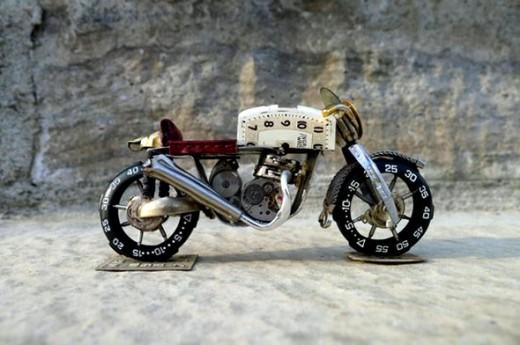 Тиктакащи мотоциклети 01
