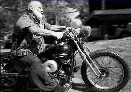 Старите мотористи по-податливи на травми от новаците