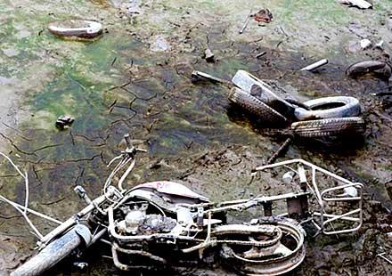 От езеро изплуваха крадени мотори