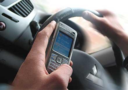 Най-абсурдните оправдания за говорене по мобилен телефон
