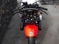 Първият състезателен мотоциклет на Кени Робъртс-младши обявен за продан 04