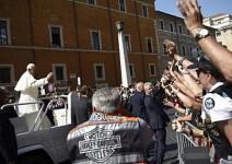 Папа Франциск благослови рокерите