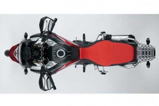 Моделът 2014 Suzuki V-Strom 1000 на път да влезе в производство 01
