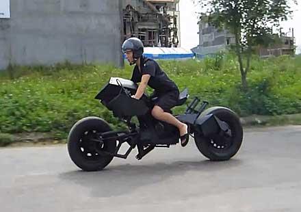 Моторът на Батман съществува