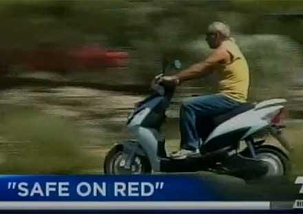 Разрешиха на мотористите в Невада да минават на червено