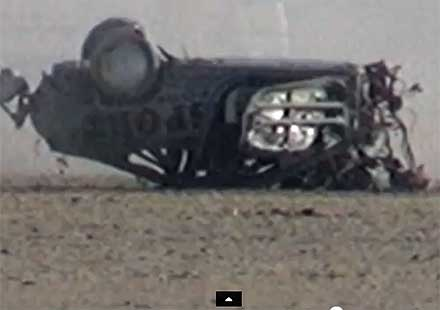 Мъж оцелява след катастрофа с над 300 км/час! (видео)