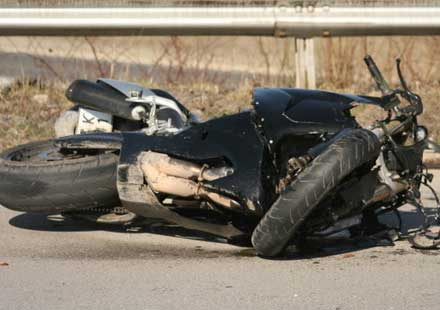 Мотоциклетист загина, друг е ранен при инцидент в Силистра